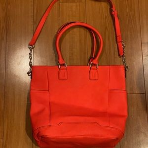 Red tote bag. NWT